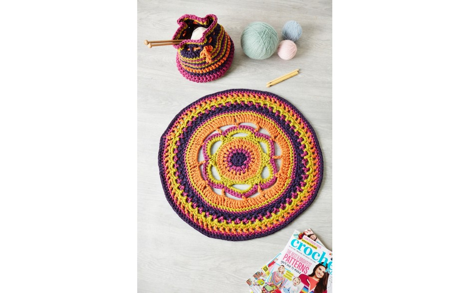 Crochet Now issue 30 - MoreMags